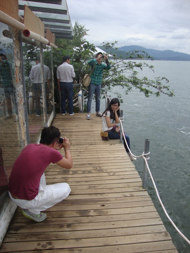 Taking pictures at Erhai