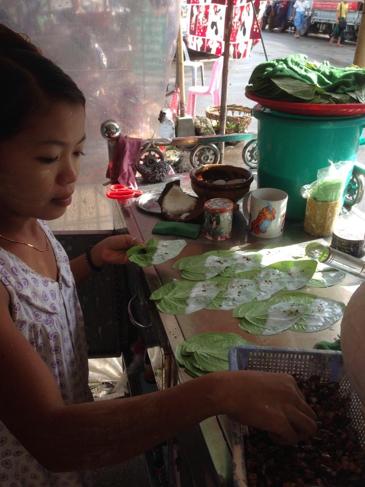 Girl making Beetlenut